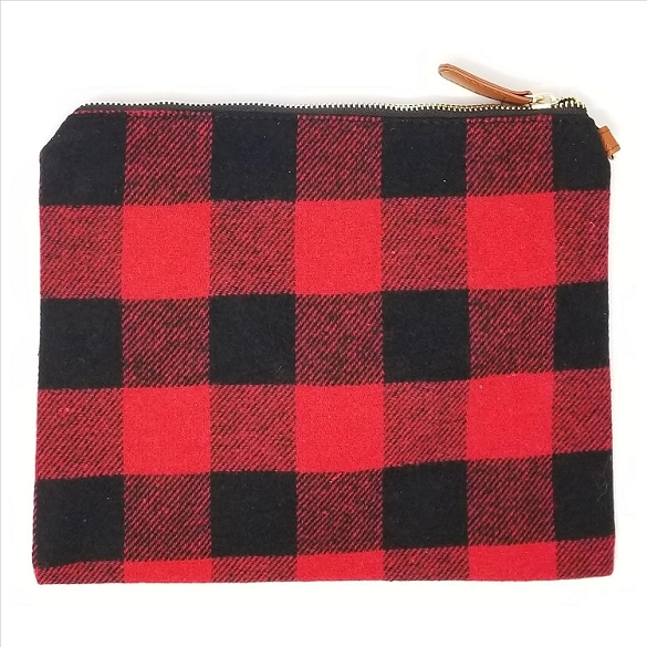 Awesome Black & Red Plaid Cosmetic Bag