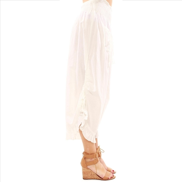 Ruffle Edged Capris - White