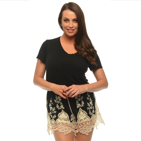 Embroidered Lacy Shorts - Black