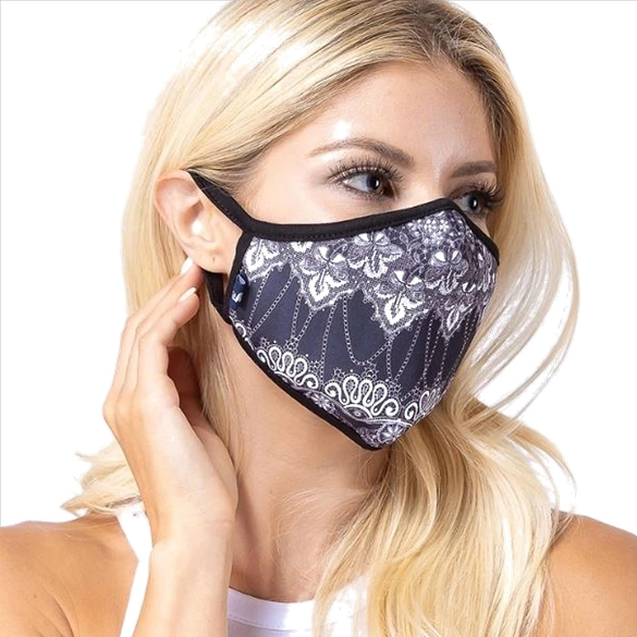 Black and White Damask Print Face Mask