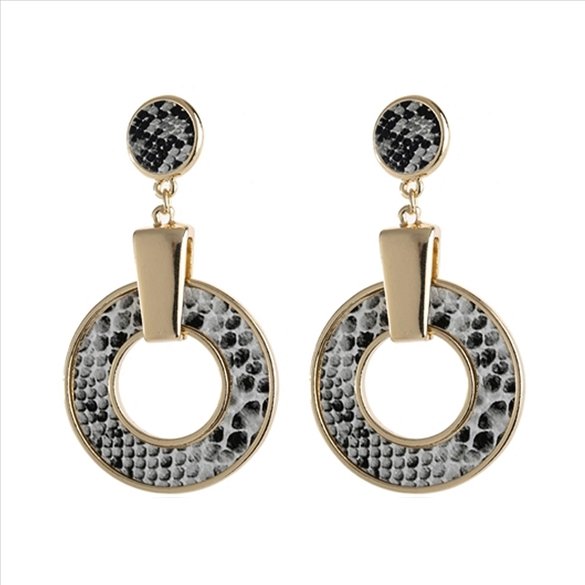 Snake Skin Print Linked Hoop Dangle Post Earrings - Grey
